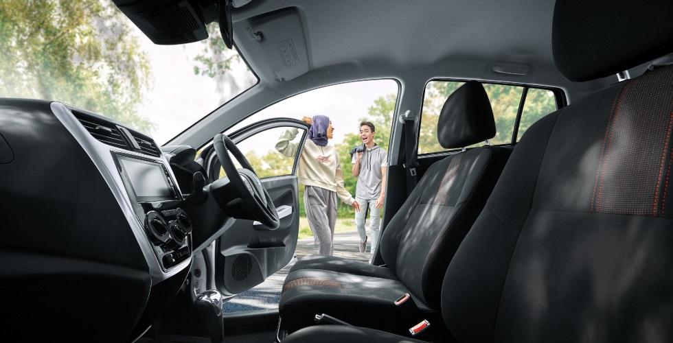 Interior Kereta Perodua Axia